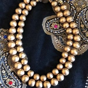 Double stranded gold balls necklace